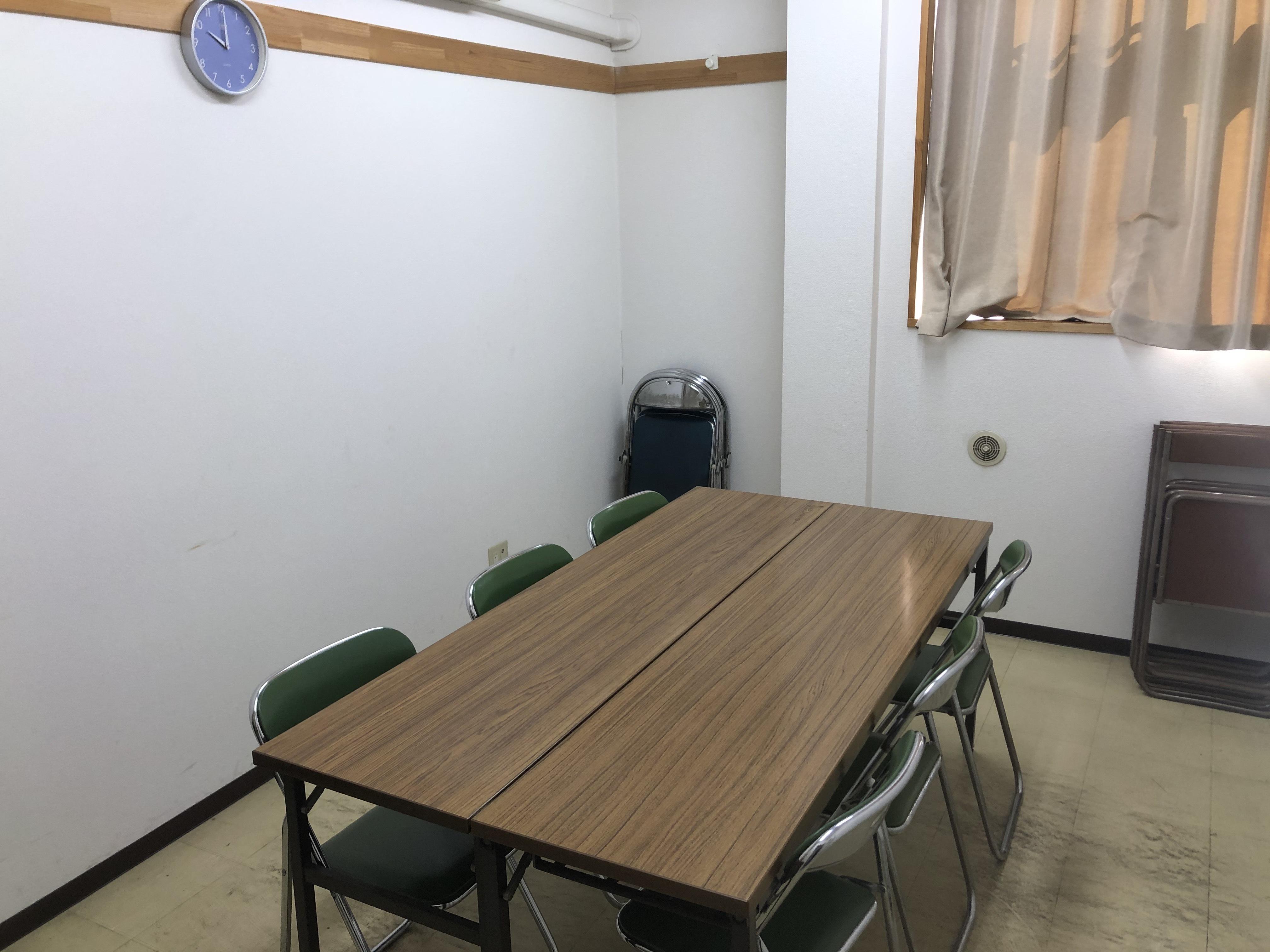 小会議室の室内写真